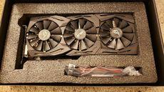 Selling ASUS ROG STRIX GeForce GTX 1080 TI 11GB